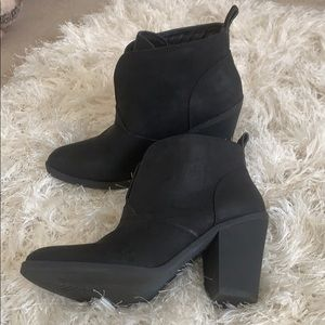 Union Bay Black Booties Size 8